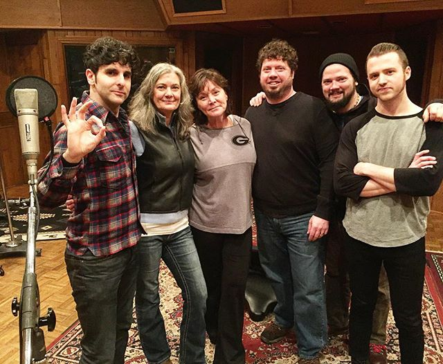 Snow and ice won't stop music being made... supreme vocalists Reba Russell and Vicki Loveland stopped in Studio C today to lend their voices to a @lowcutconnie track!