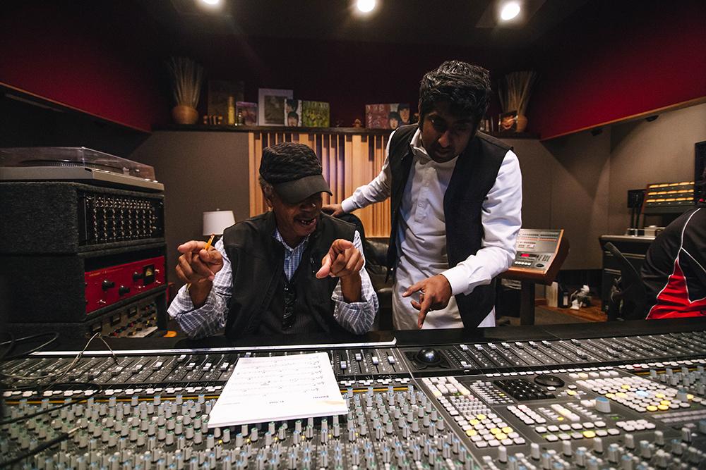 Studio C | Lester Snell and Zeshan ©AntarHanif