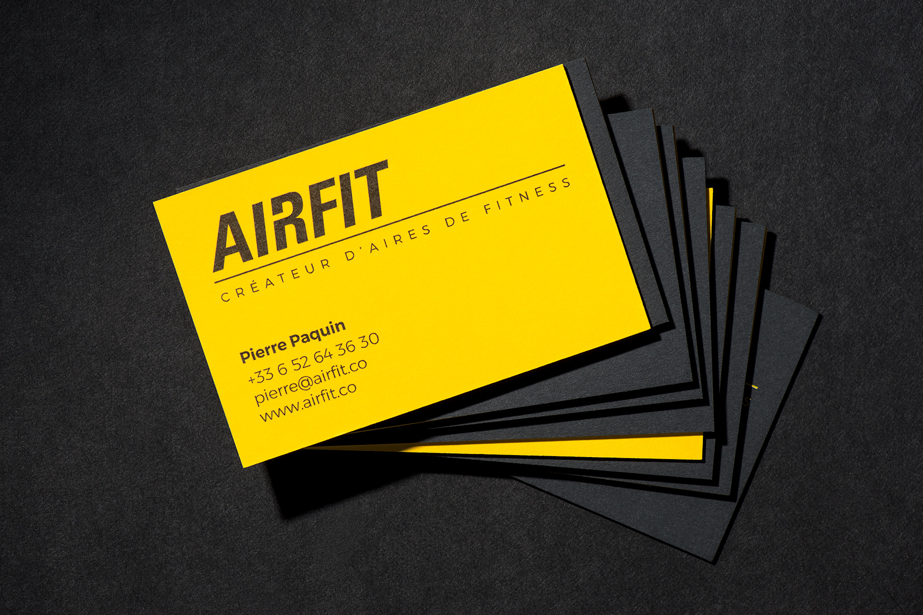 BarinovDesign_AirFit_BrandIdentity_BusinessCards_2.jpg