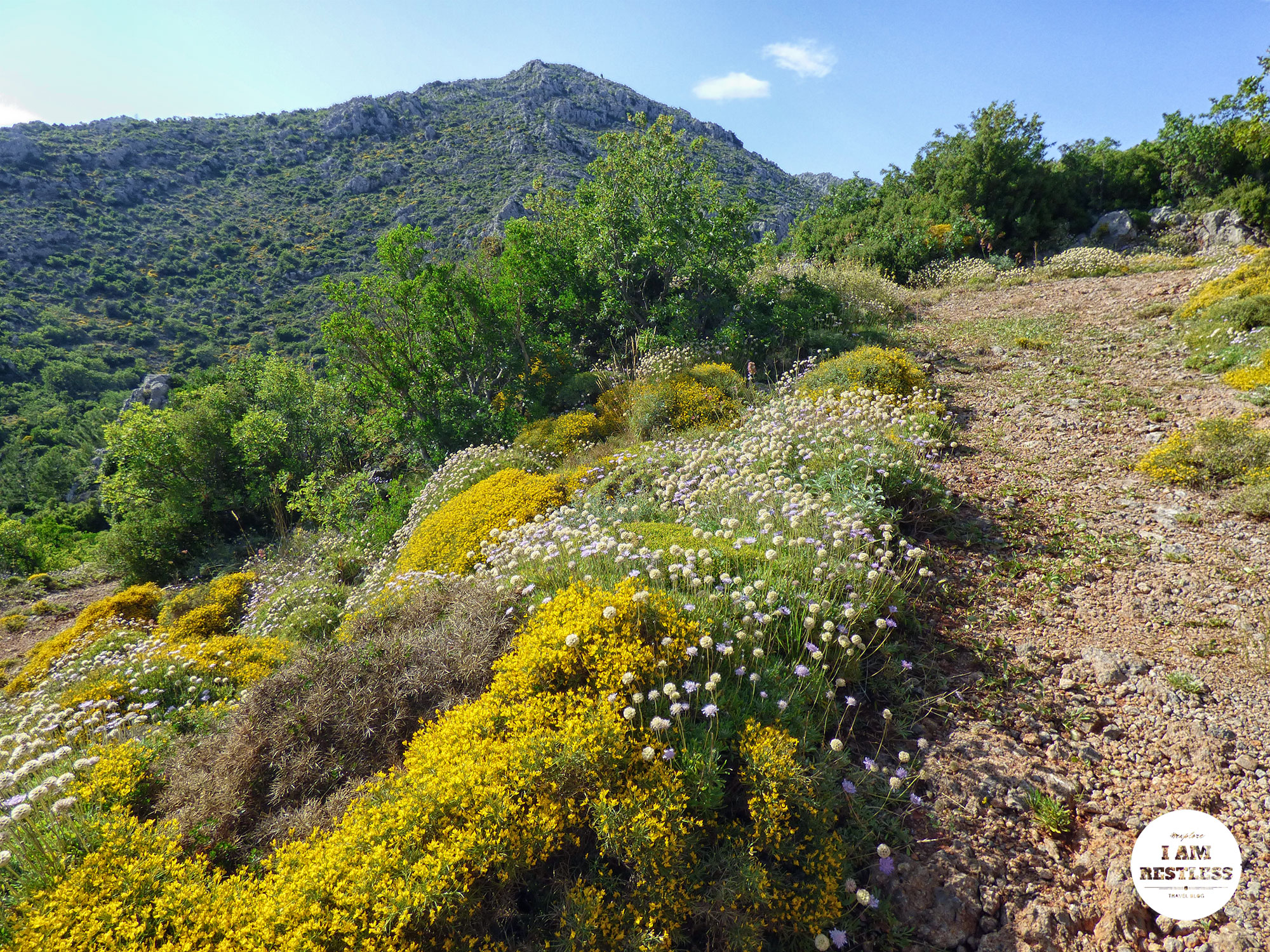 What-to-See-in-Greece-The-Scenic-Lookout-at-BellEkklisia-Agia-Paraskevi-Εκκλησία-Αγία-Παρασκευή---7.jpg