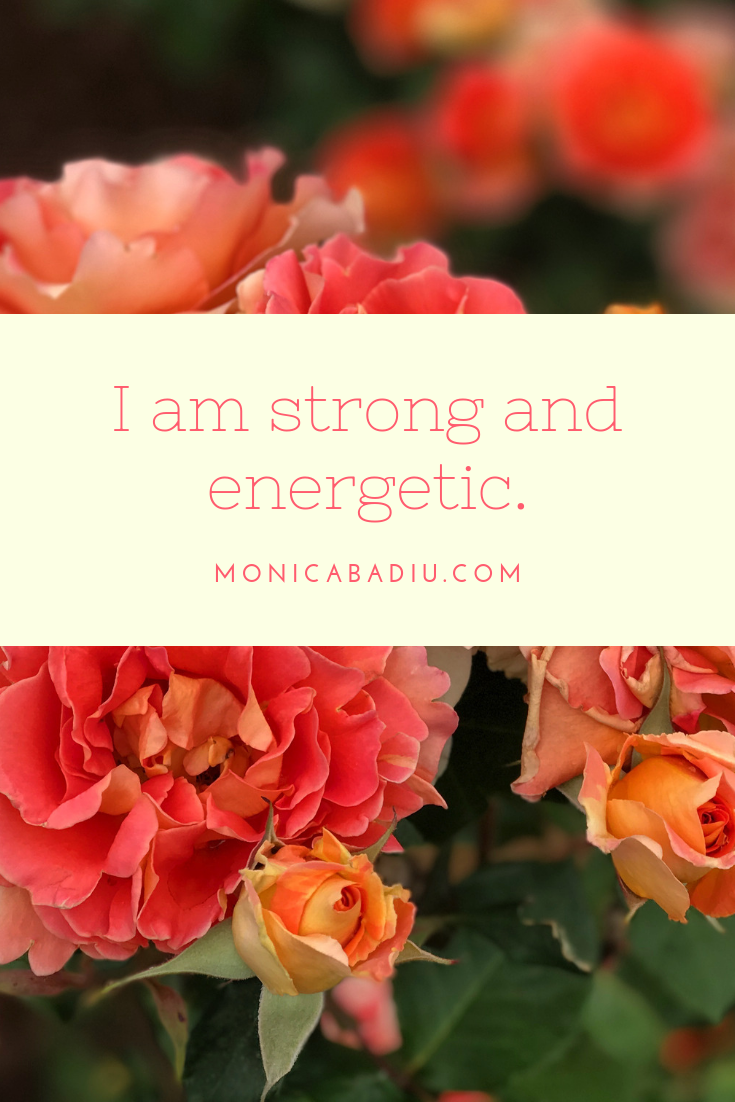 Friday Morning Affirmation to Build Confidence - Full list at monicabadiu.com #affirmations #mindset #growth #mentalhealth #success #femaleentrepreneur #positivity #productivity