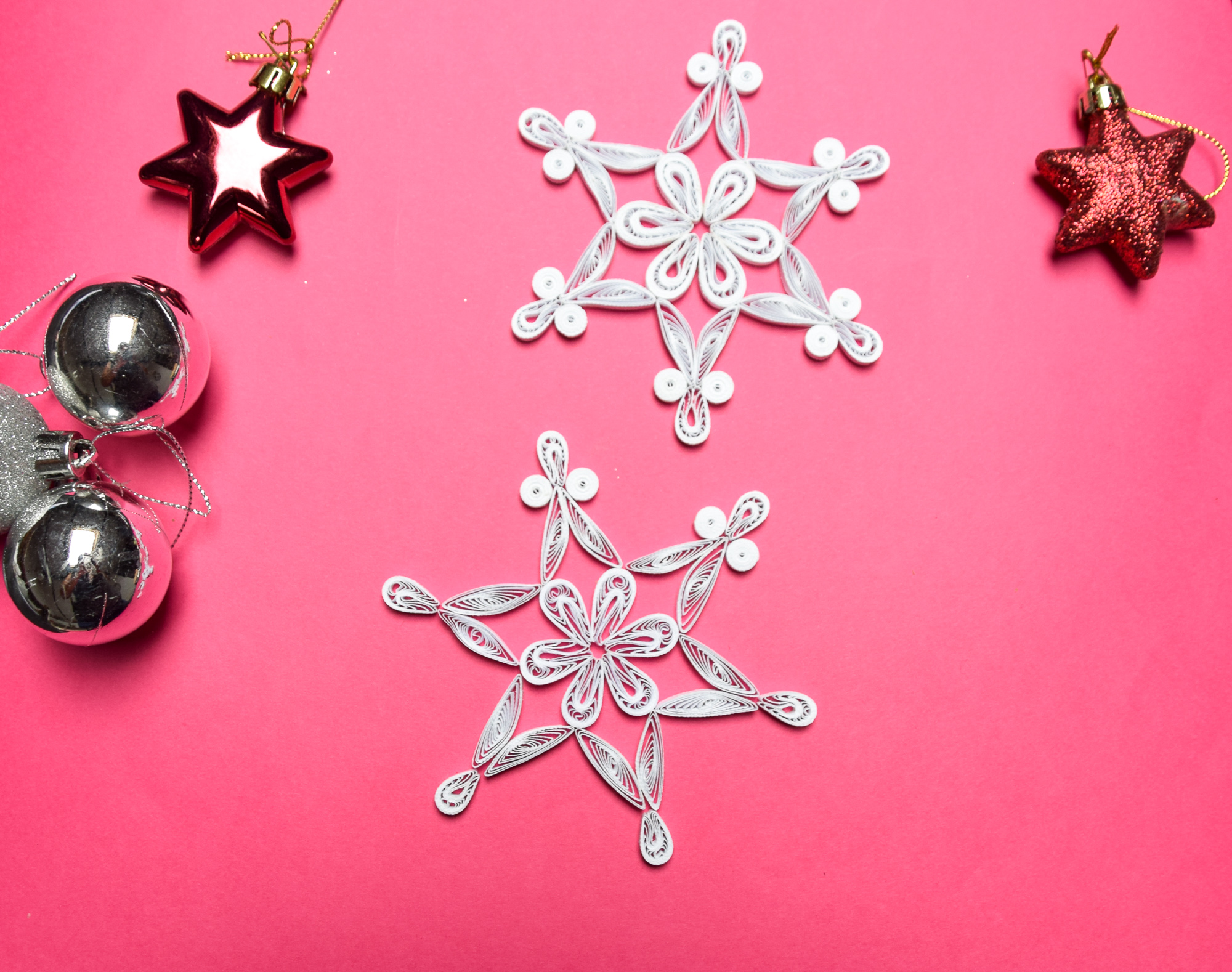 How to DIY a Paper Tree Ornament   Quilling Snowflake Tutorial #quilling #howto #tutorial #paperart #diyproject #diy #treeornament #snowflake
