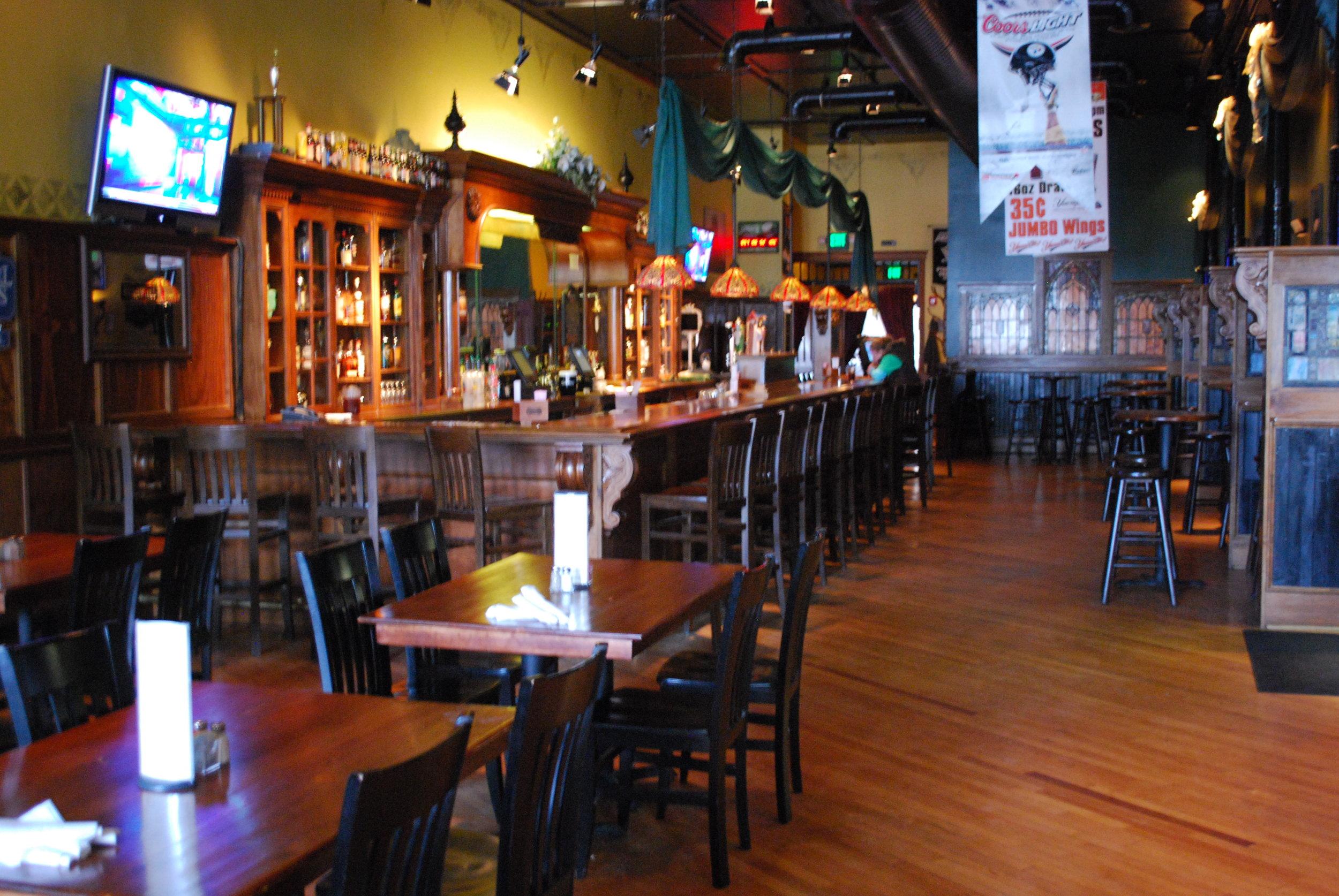 Lanigan's Irish Pub