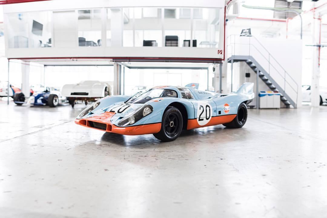 917k    #carcorners #porsche917k #lemans #porsche #917k #racecar #gulf #secretwarehouse #holyhalls #racinglegend #racing🏁 #germanengineering #legend #legendary #stevemcqueen  (at Porsche Museum)