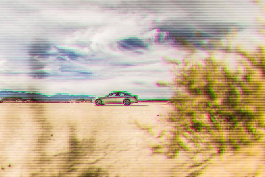 It's like someone is watching us…   #mercedesbenz #e400 #elmirage #california #drylake #thefuture #scanlines #instacars #carsofinstagram #desert #sunshine #funday #😳 #🔥 #💪🏽 #☀️ (at El Mirage, California)