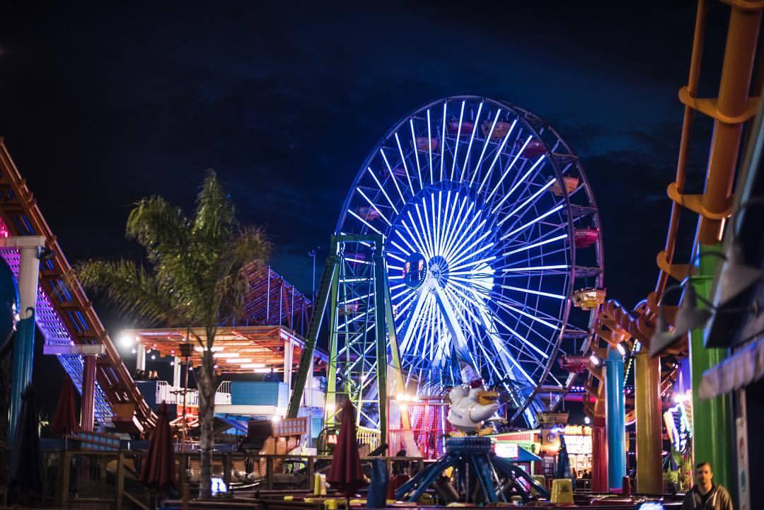 🎢  #losangeles #la #lalaland #santamonica #santamonicapier #pacificpark #california #nightlights (at Pacific Park)