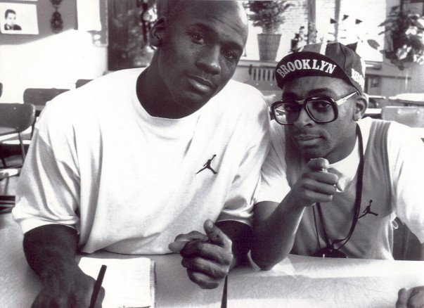 awesomepeoplehangingouttogether :     Michael Jordan and Spike Lee