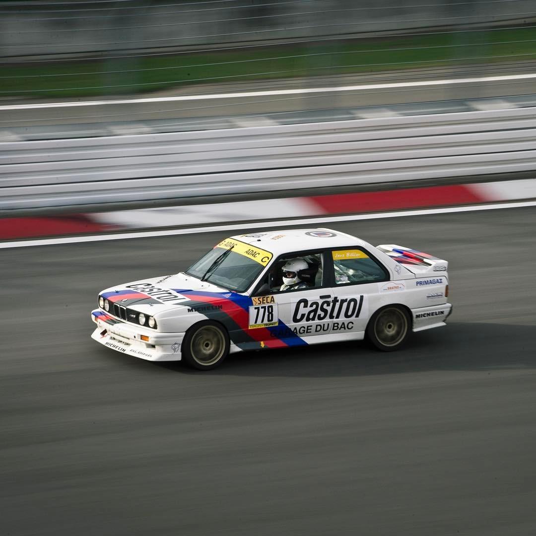 M3.  .  #automotivephotography #instacars #classiccarracing #bmw #m3 #c2 #corvetteracing #bmwm3 #e30 #nürburgring #greenhell #thegreenhell #thering #classiccars #🚗💨 #💪🏼 #😈  (at Nürburgring)