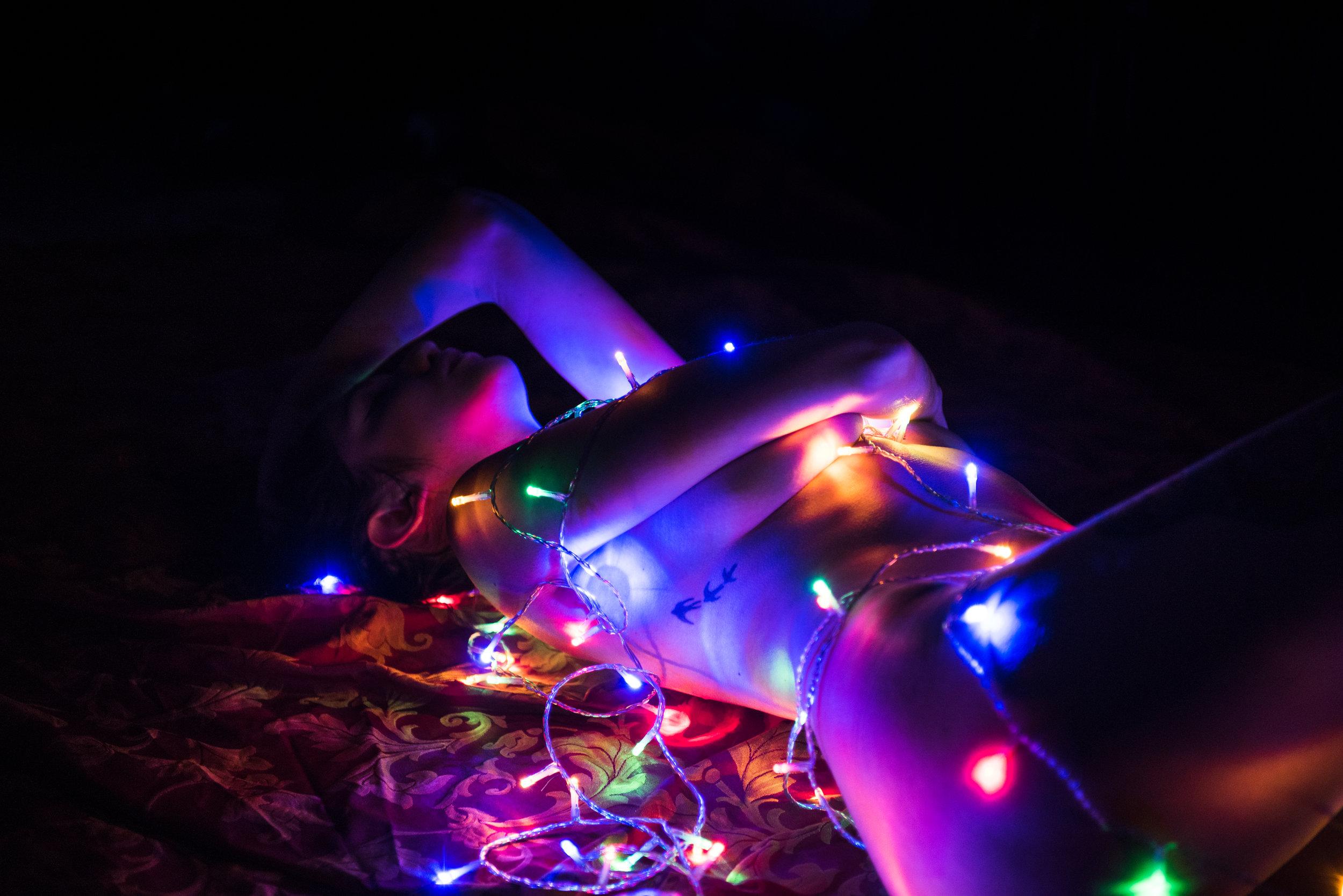 Dina_Xmas_lights-5.jpg