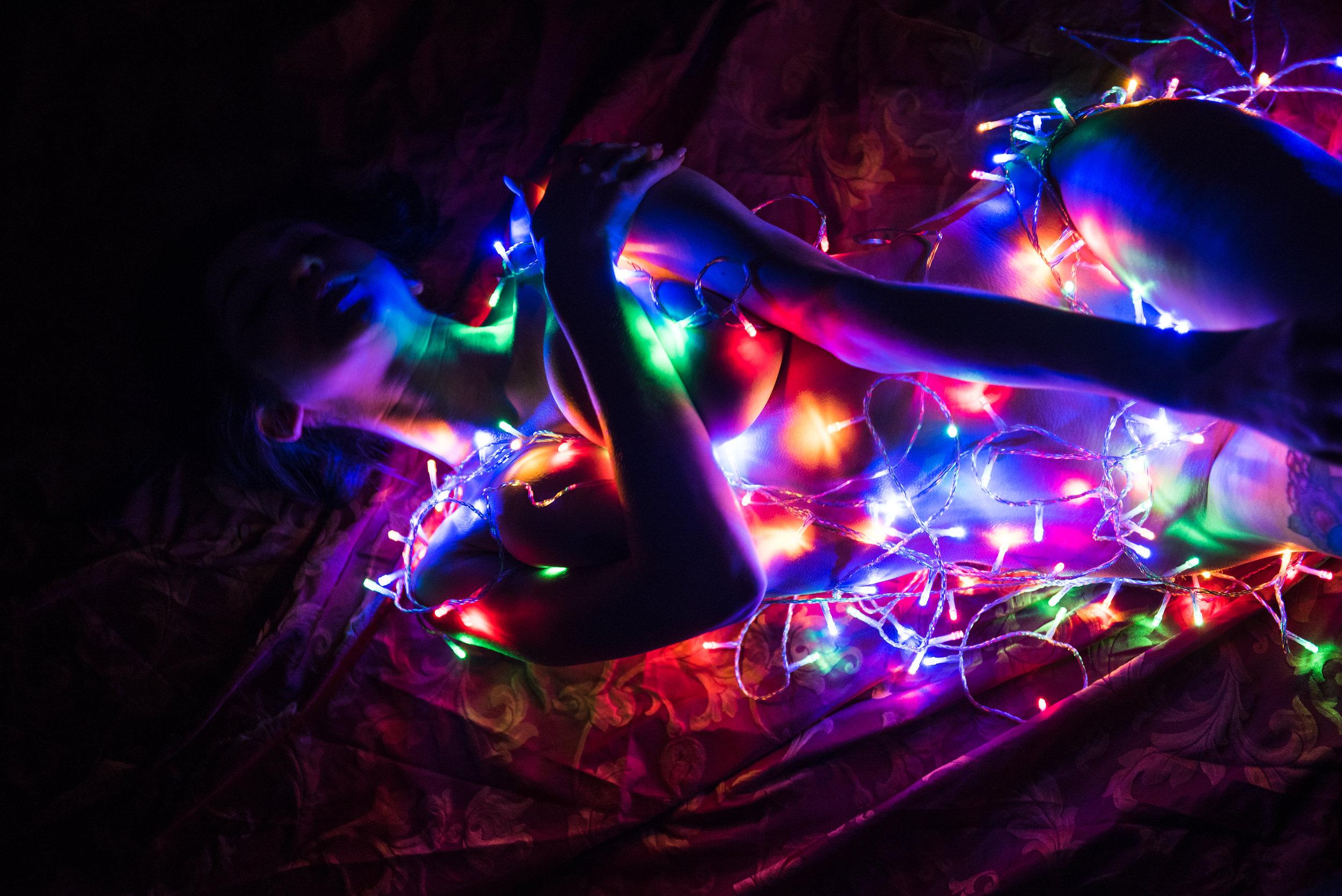 Dina_Xmas_lights-9.jpg