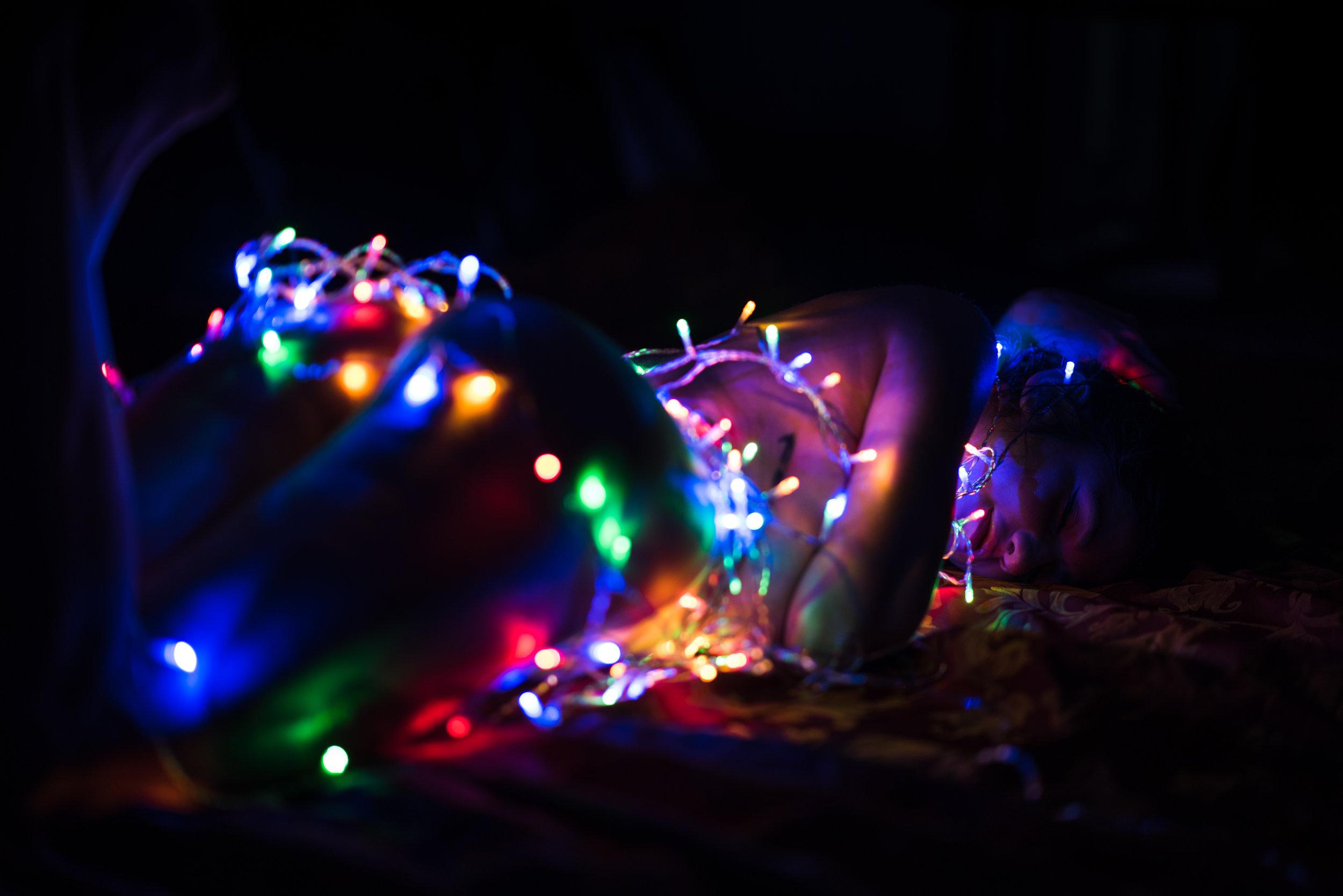 Dina_Xmas_lights-11.jpg