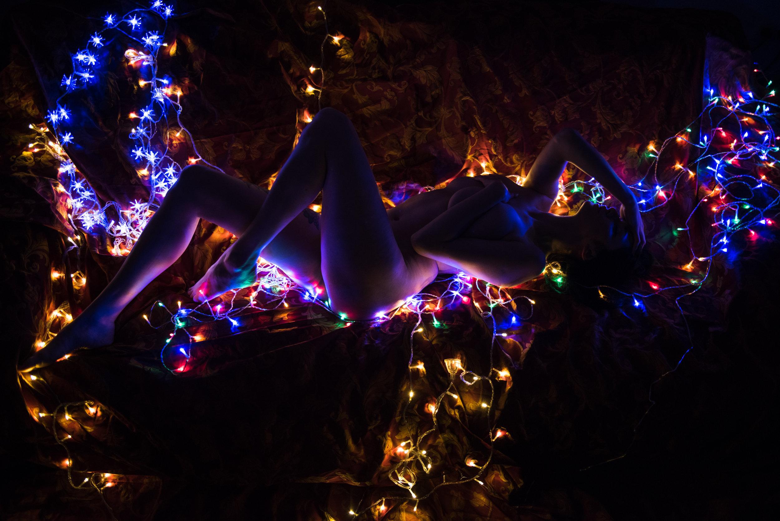 Dina_Xmas_lights-16.jpg