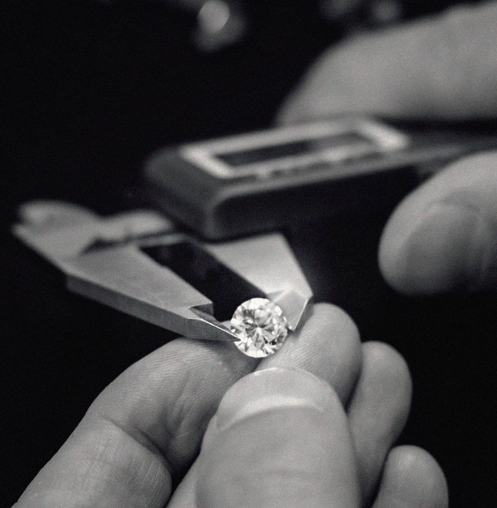 Diamond-&-Hands.jpg