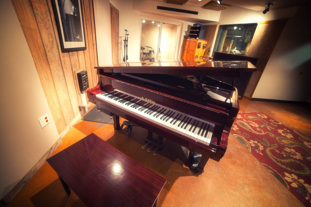 Piano - Big Booth