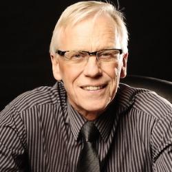 Sten Lundin   Hjälper till med frågor relaterade till PC.  stund45@gmail.com