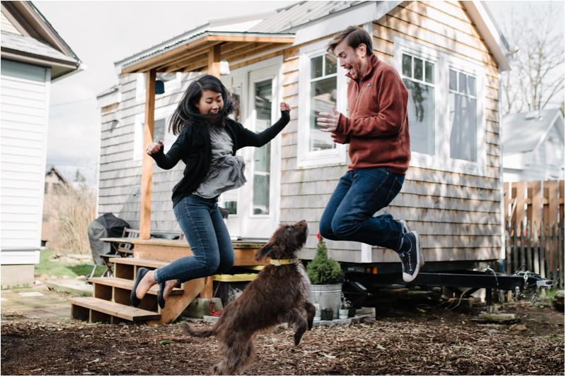 portland-oregon-tiny-house-couple-photography.jpg