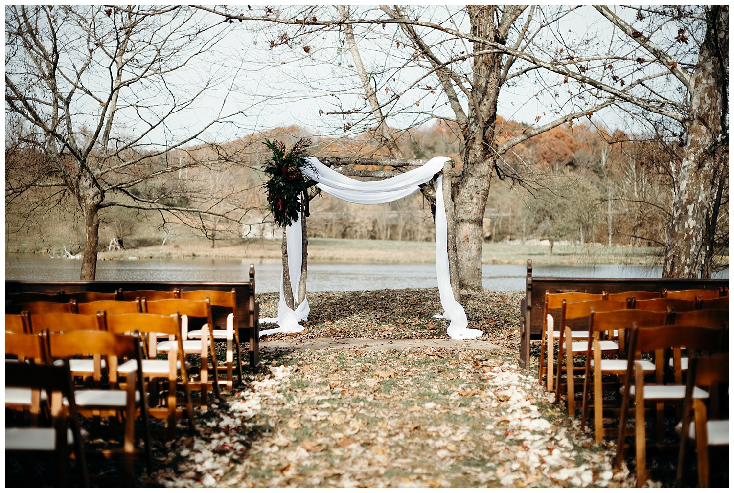 big-spring-farm-va-wedding-photographer.jpg