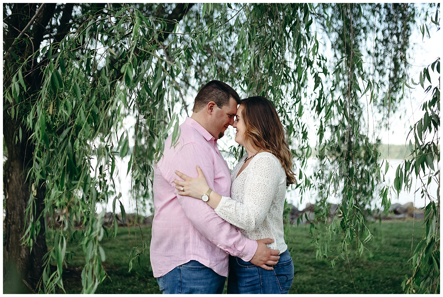 claytor-lake-va-engagment-session.jpg