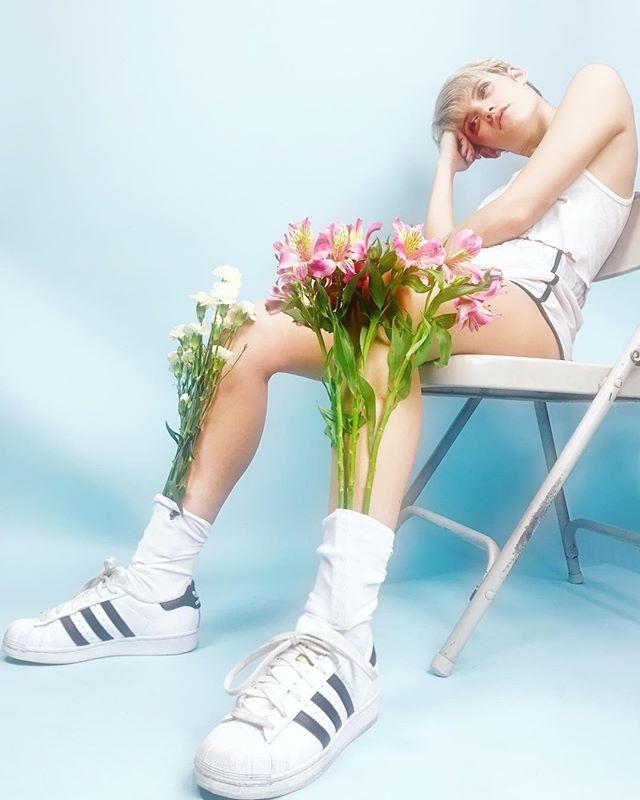 photosynthesis🌷// . . . #model @sarahpolednak