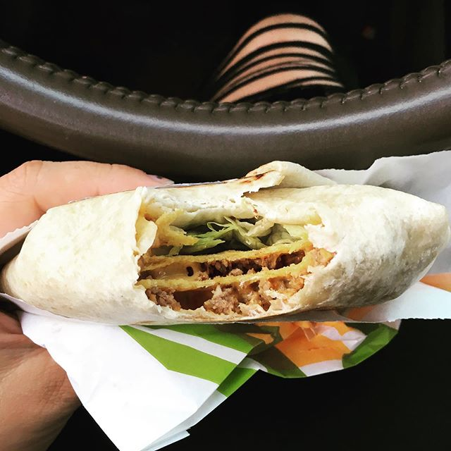 I'm a slave to the bell 🌮🔔 #crunchwrapsupreme
