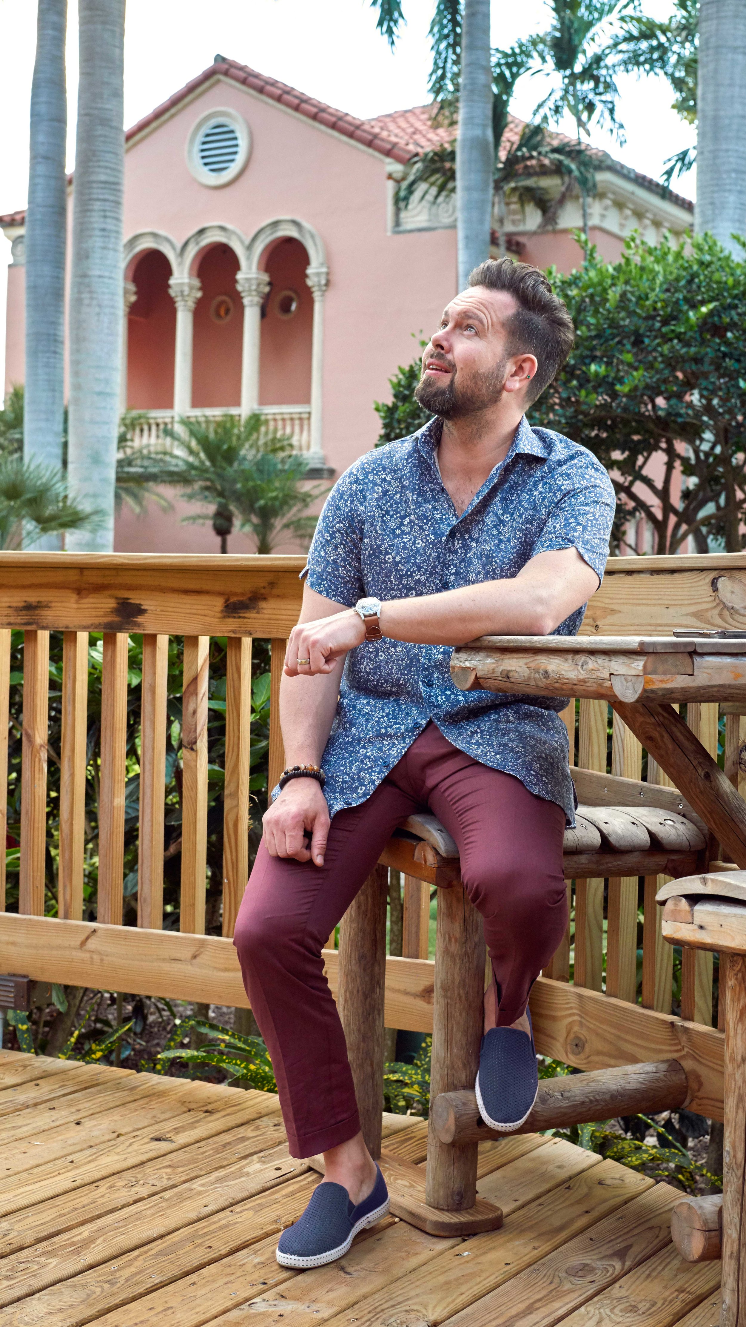 Shirt Cloth :: Thomas Mason, W.P. Chambray Linen No. F357635-19  Made to Measure $365  Bespoke $425  Pant Cloth :: Giordano Basso, Linen/cotton No.04, 260 gm  Made to Measure $875  Bespoke $975