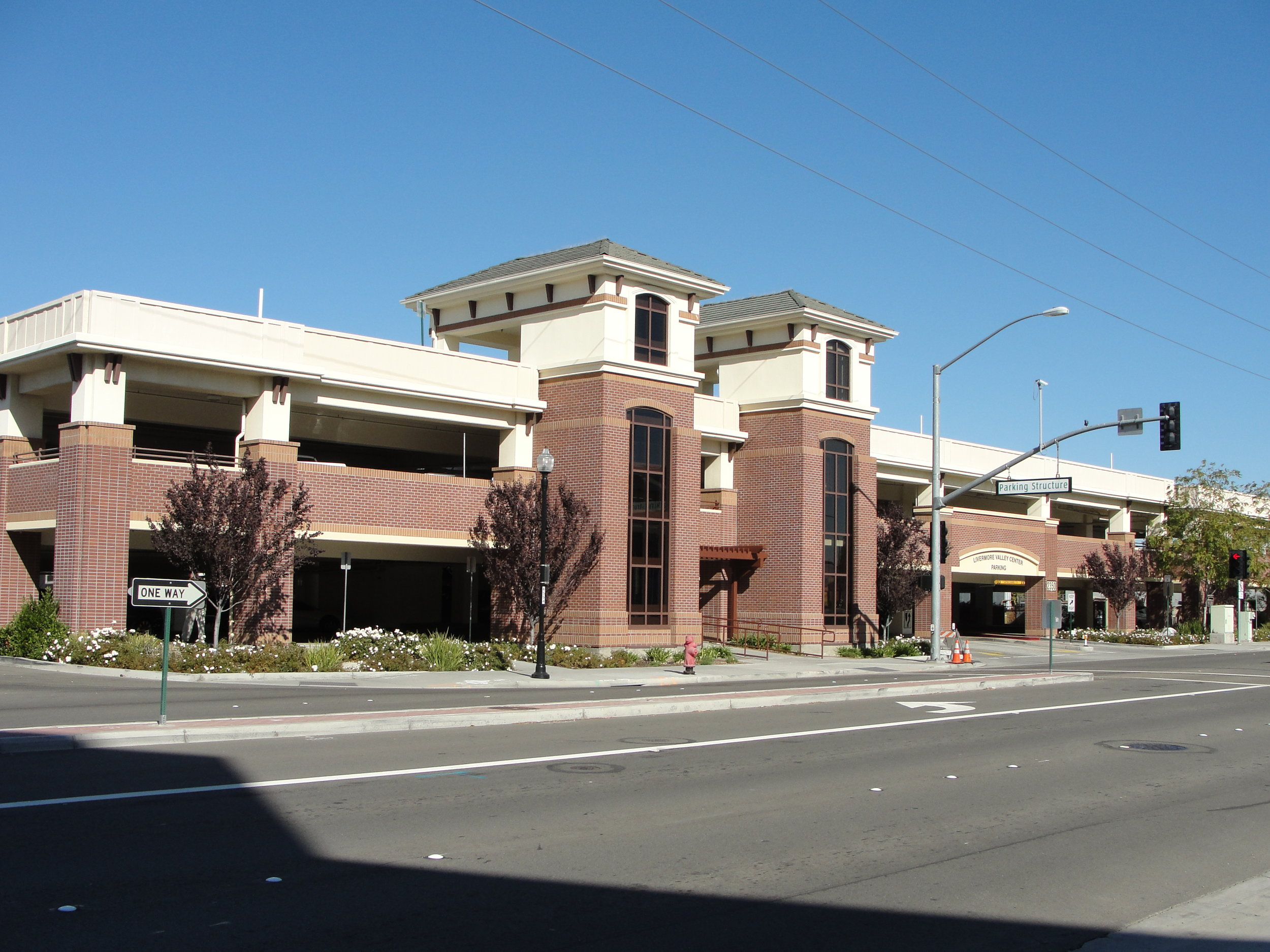 LIVERMORE VALLEY CENTER PARKING STRUCTURE |  Livermore, CA