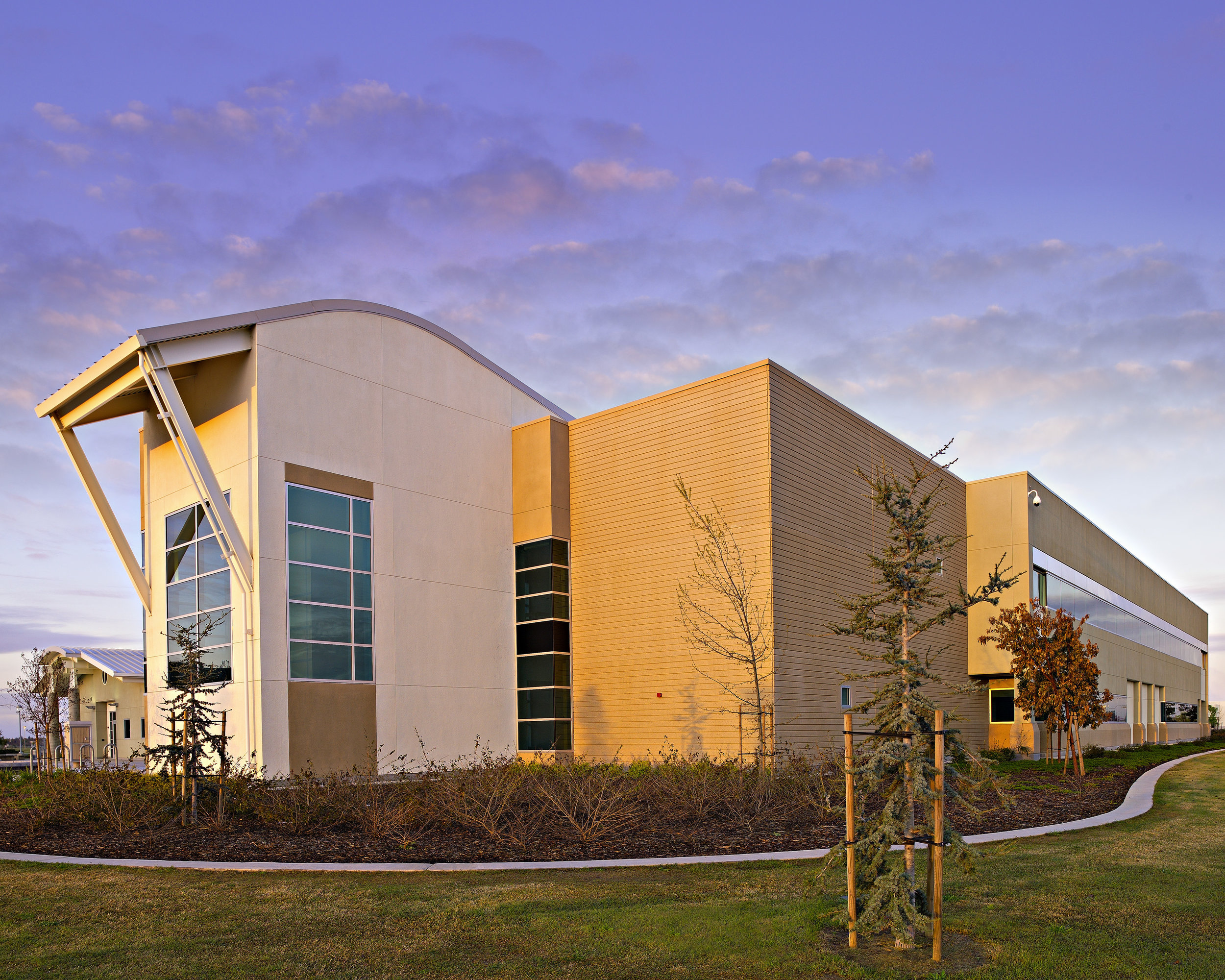 WILLOW INTERNATIONAL CENTER  | Fresno Center, CA