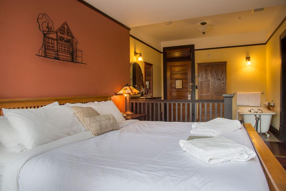 hotel-room-lg-1.jpg
