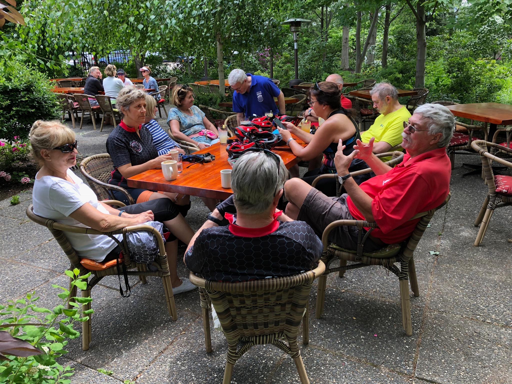 Our morning break in beautiful Linden Gardens