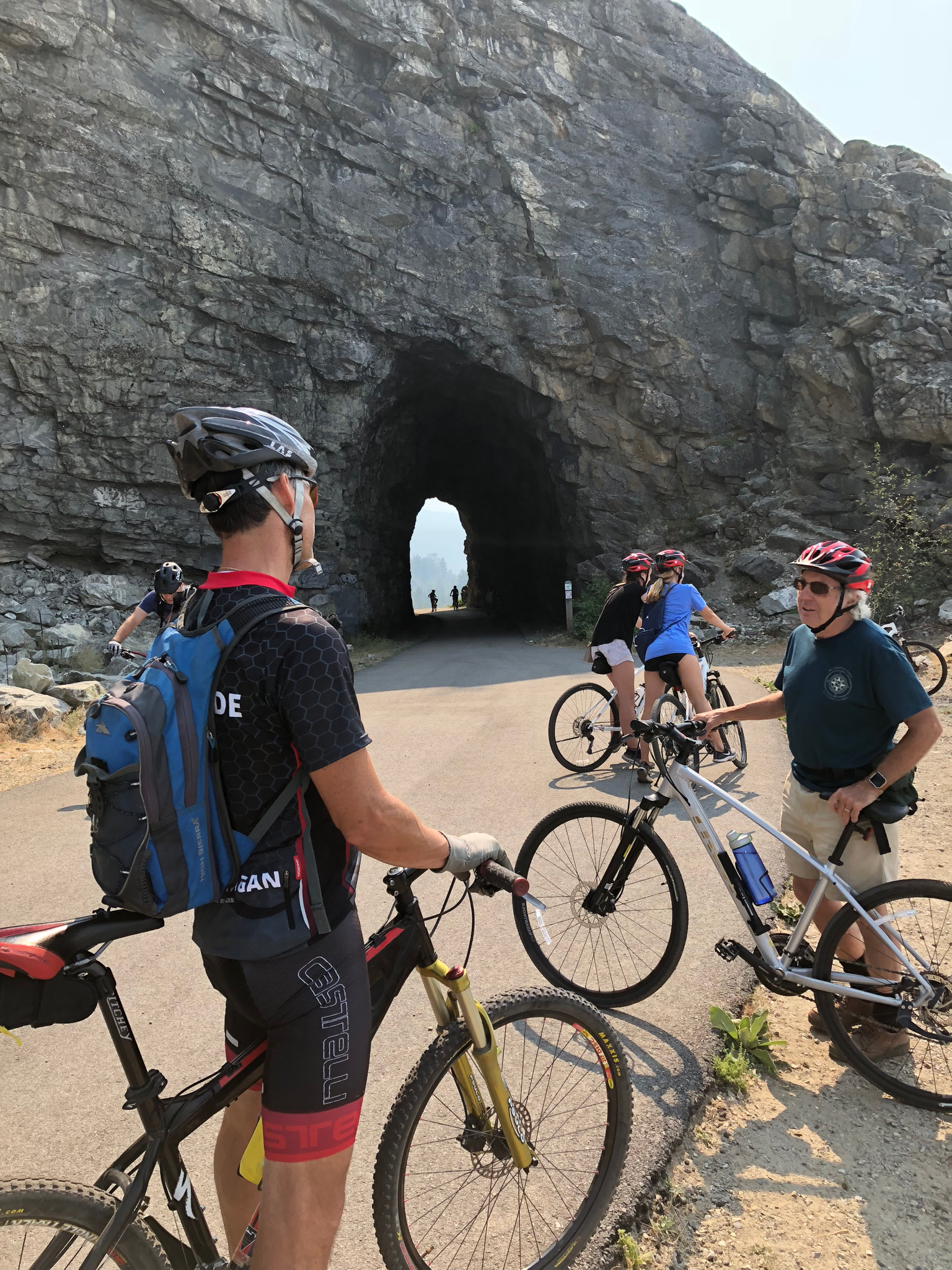 The History and Jaw Dropping Views at   LITTLE TUNNEL ON THE KVR