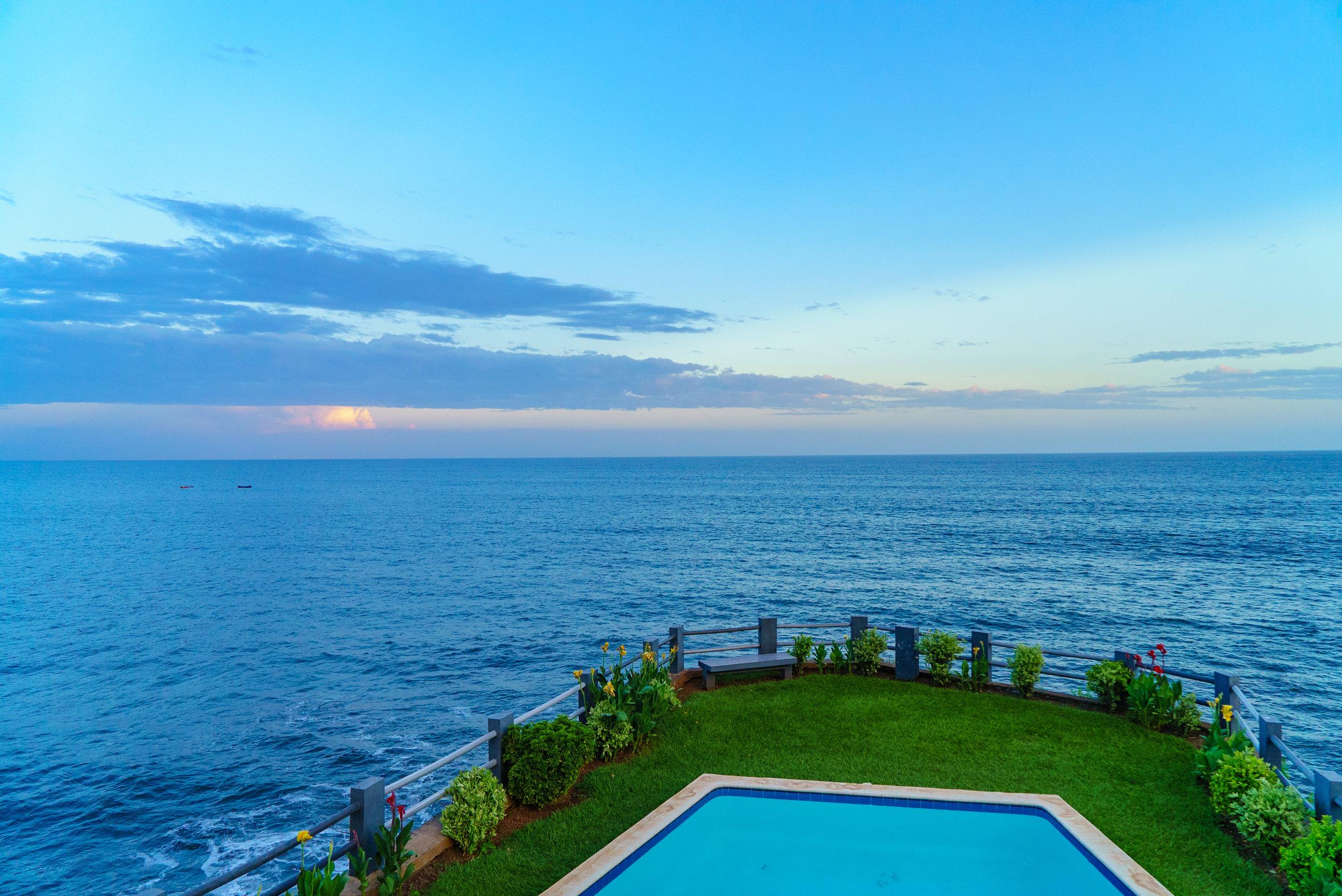 AST Surf Hotel Las Flores