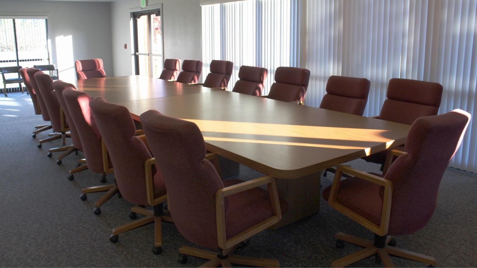 board table 01-17.jpg