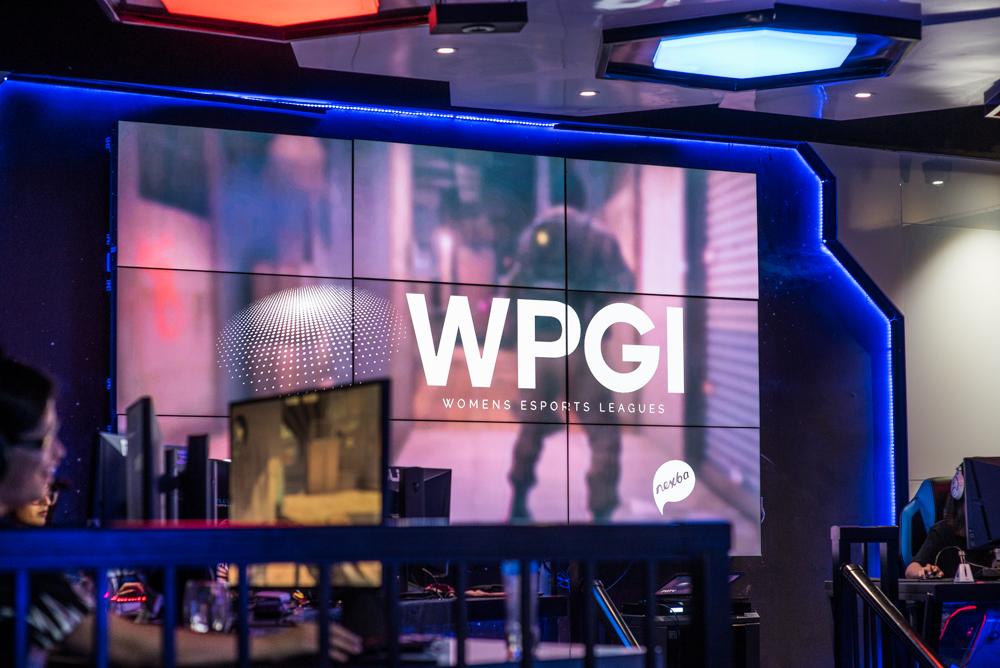 Dark Sided WPGI Professional Female CSGO Esports League