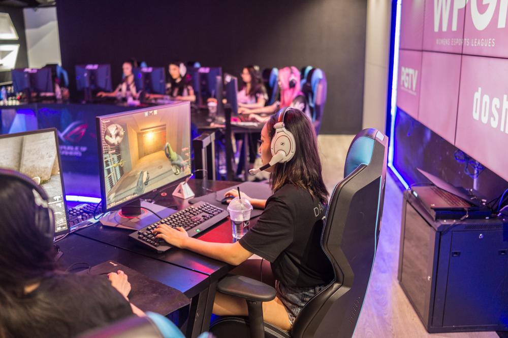 Dark Sided WPGI Pro Female esports Counterstrike (CSGO) team