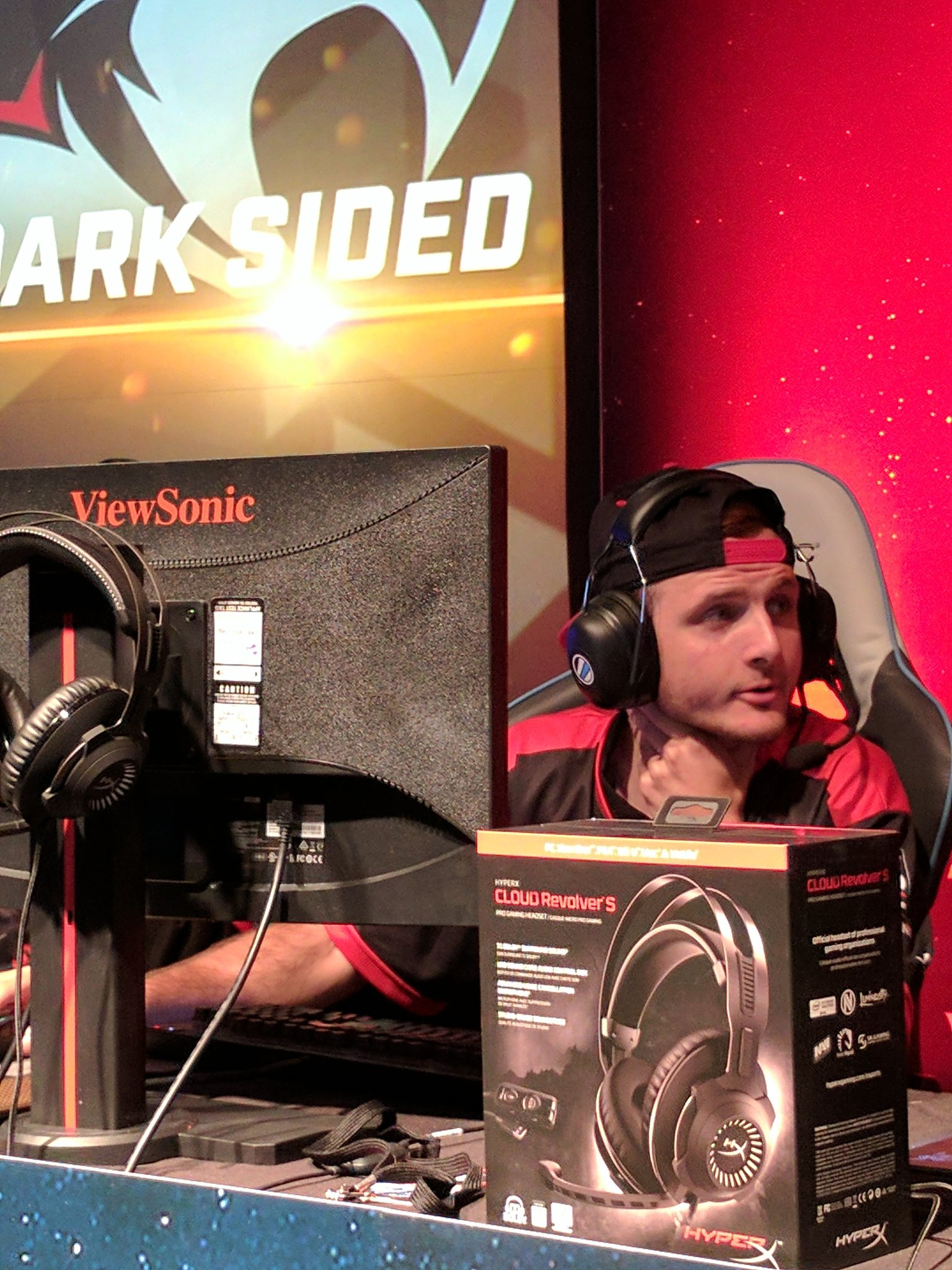 Dark Sided SMITE team featuring Viewsonic monitor