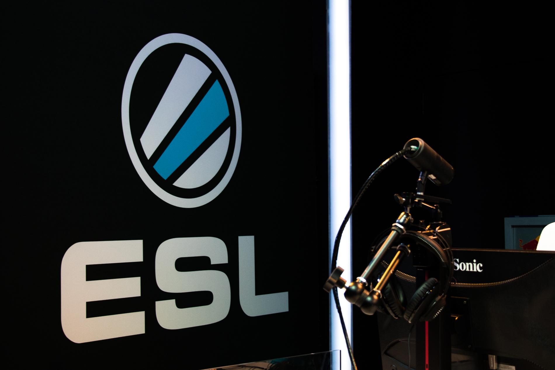 ESL-AUNZ-1323.jpg