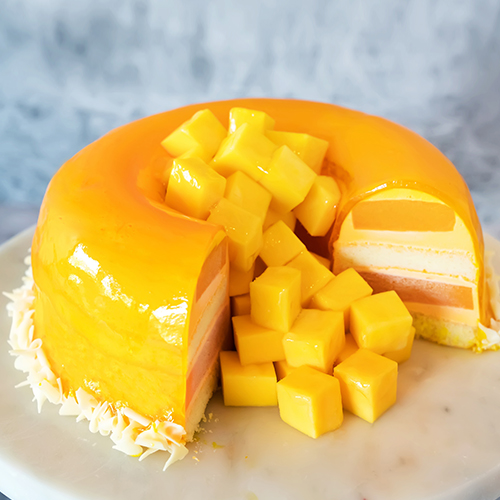 Cheese Mango Cake   Cream Cheese, Mango Creme Brulee, Vanilla Sponge Cake