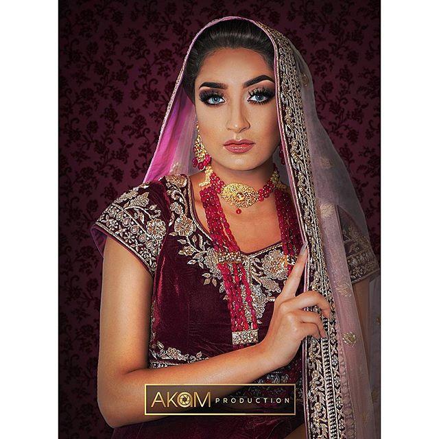 Faye Makeup Academy Shoot @fayemakeup  Makeup: @wahida_monaf  Model: @ms.zahraksheikh852  Outfit: @zarkanoflondon  Jewellery: @ishyhaq Photo & Retouching: @akamproduction . . . . . . #photography #photoshoot #fayemakeup #bridal #makeup #mua #akamproduction #fashion #retouch #asianbride #wedding #potd #ootd #instagood #photo #instapic #hudabeauty #wedding #fashionshoot #asian #asiana #kushmag #weddingshoot #london #professional #hairmakeup #natural #kushmagazine