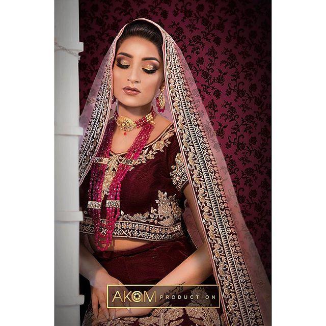 Faye Makeup Academy Shoot @fayemakeup  Makeup: @wahida_monaf  Model: @ms.zahraksheikh852  Outfit: @zarkanoflondon  Jewellery: @ishyhaq Photo & Retouching: @akamproduction . . . . . . #photography #photoshoot #fayemakeup #bridal #makeup #mua #akamproduction #fashion #retouch #asianbride #wedding #potd #ootd #instagood #photo #instapic #wedding #fashionshoot #asian #asiana #weddingshoot #professional #indianbride #pakistanibride #khushmag #beautyretouch #beauty #glamour #bridalmakeup #bridalinspiration #weddingmakeup