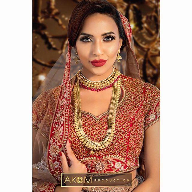Faye Makeup Academy Shoot @fayemakeup  Makeup: @_rubimakeup_  Model: @miss_mkhan  Outfit: @zarkanoflondon  Jewellery: @ishyhaq Photo & Retouching: @akamproduction . . . . . . #photography #photoshoot #fayemakeup #bridal #makeup #mua #akamproduction #fashion #retouch #asianbride #wedding #potd #ootd #instagood #photo #instapic #wedding #fashionshoot #asian #asiana #weddingshoot #professional #indianbride #pakistanibride #beautyretouch #beauty #glamour #bridalmakeup #bridalinspiration #weddingmakeup