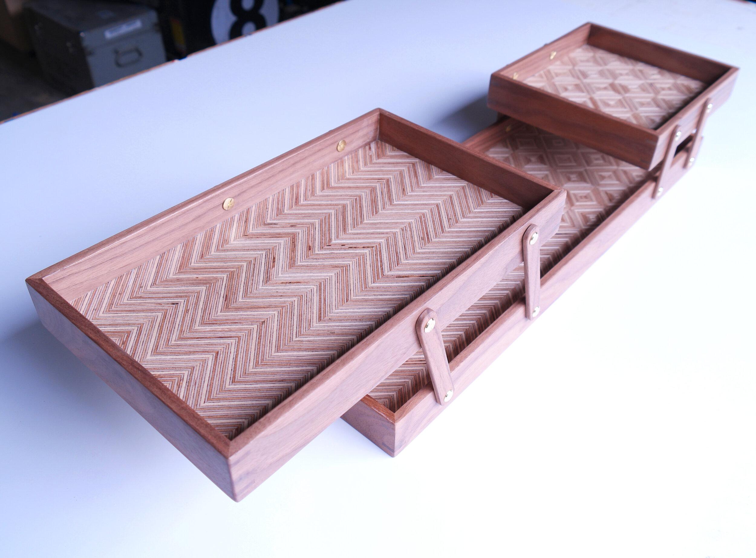 Folding Tray - https://www.ebay.com/itm/333336243428