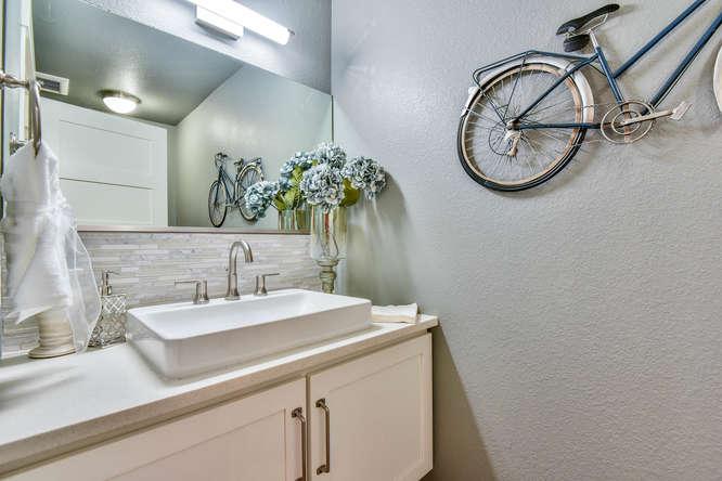 1026 W Mountain Ave Fort-small-024-19-Powder Room-666x444-72dpi.jpg