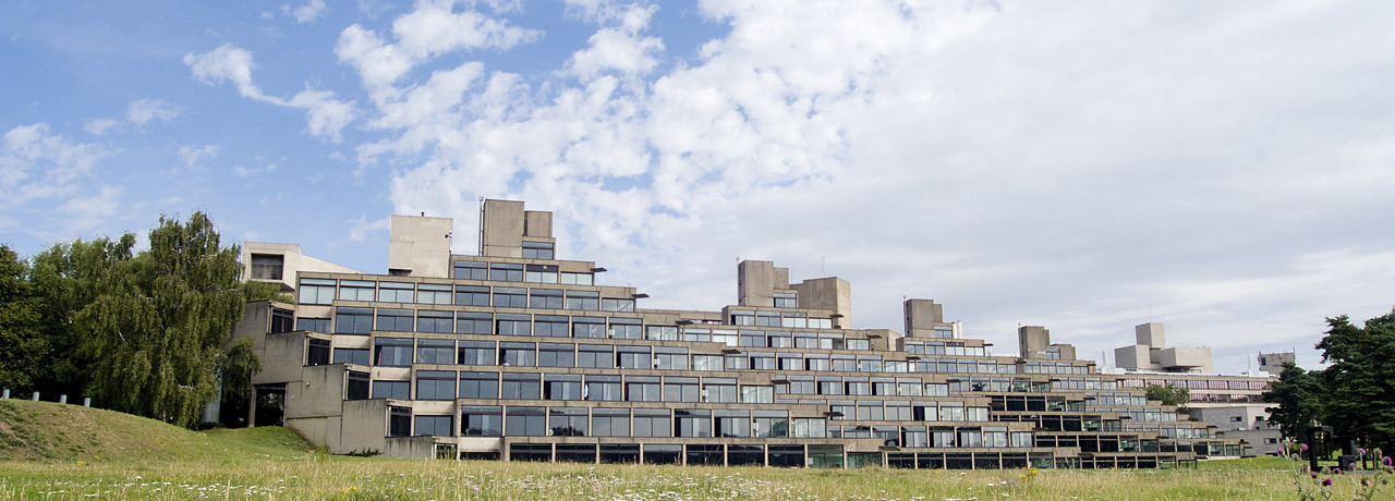 University_of_East_Anglia_wikipedia.jpg