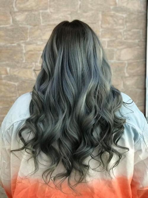 A change from the 'norm'. A blue toner done in our Rosyth salon.