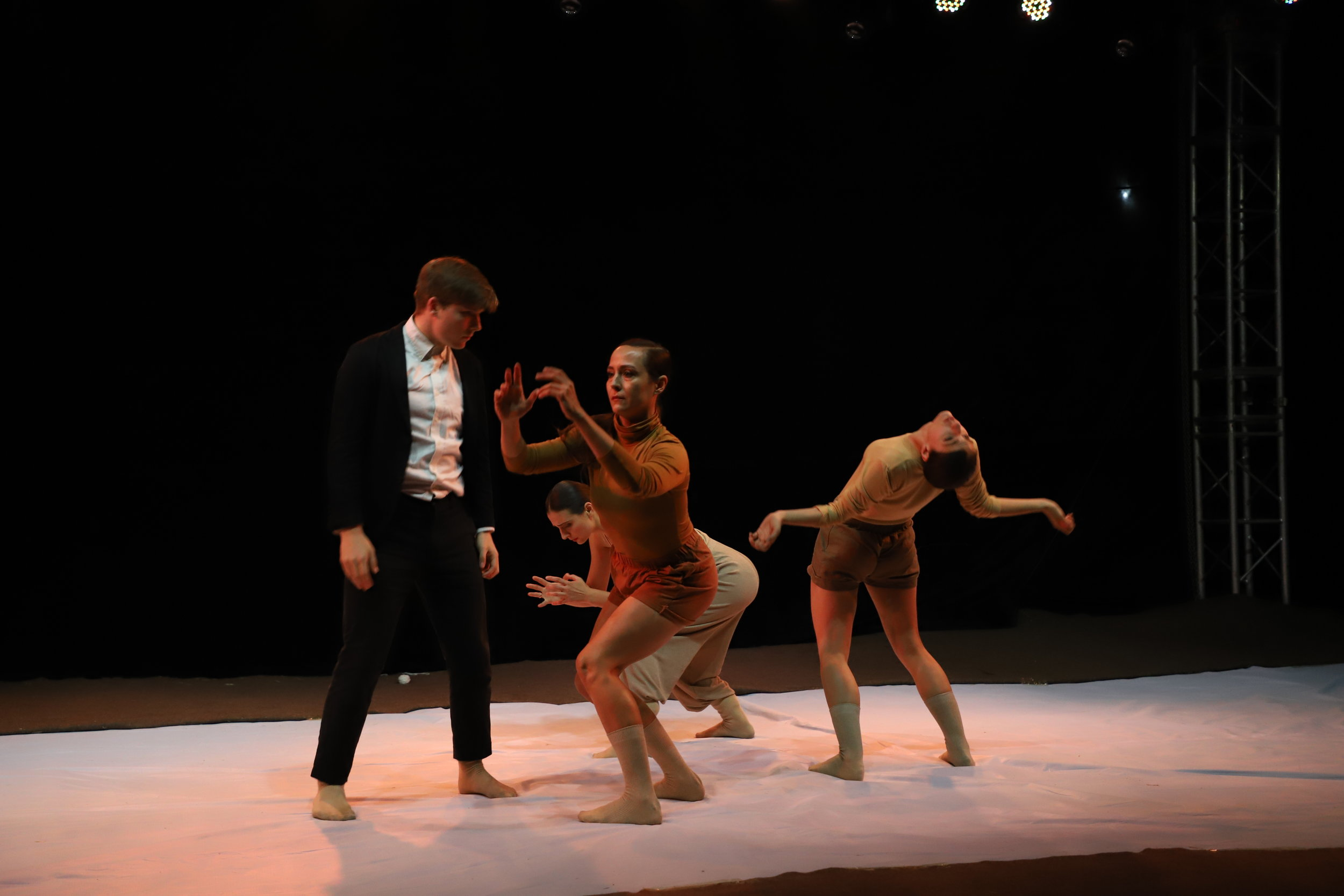 SLATE in at Laiwu International Theater Festival (Fangyu Village), performing 'Why?'2018