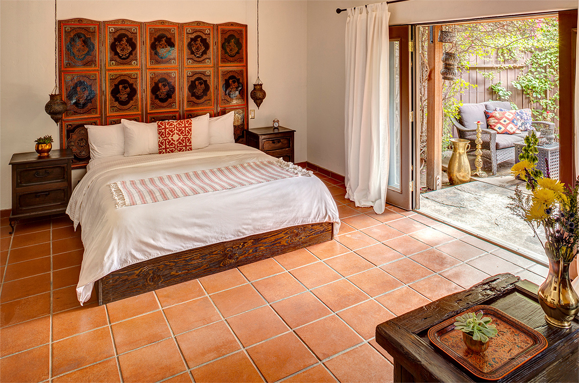 palm-springs-hotel-the-rossi-gold-hacienda-room