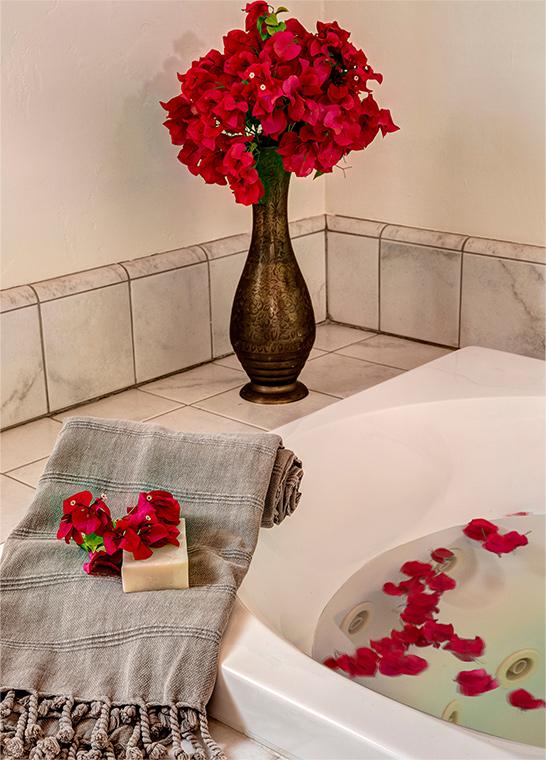 palm-springs-hotel-the-rossi-kasbah-hacienda-romantic.jpg