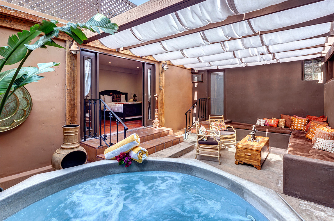 palm-springs-hotel-the-rossi-hot-tub-suite