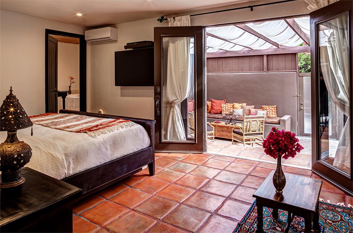 palm-springs-hotel-the-rossi-hot-kasbah-hacienda