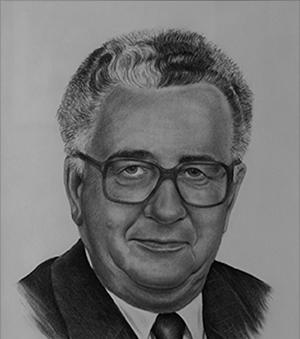Gilbert Finn is the former Lieutenant-Governor of New Brunswick and the past president of a number of important New Brunswick organizations including Assomption Vie, Université de Moncton, and the Atlantic Provinces Economic Council. He is also the founder of Conseil économique du Nouveau-Brunswick (CENB).    Gilbert Finn est un ancien lieutenant-gouverneur du Nouveau-Brunswick et il a siégé comme présidentau sein de nombreux organismes de premier plan au Nouveau-Brunswick dont l'Assomption Vie, l'Université de Moncton et le Conseil économique des provinces de l'Atlantique. Il est également le fondateur du Conseil économique du Nouveau-Brunswick (CENB).